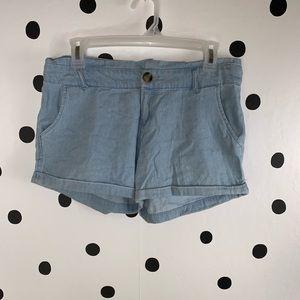 ☀️BOGO☀️EUC cotton on light blue shorts size 4